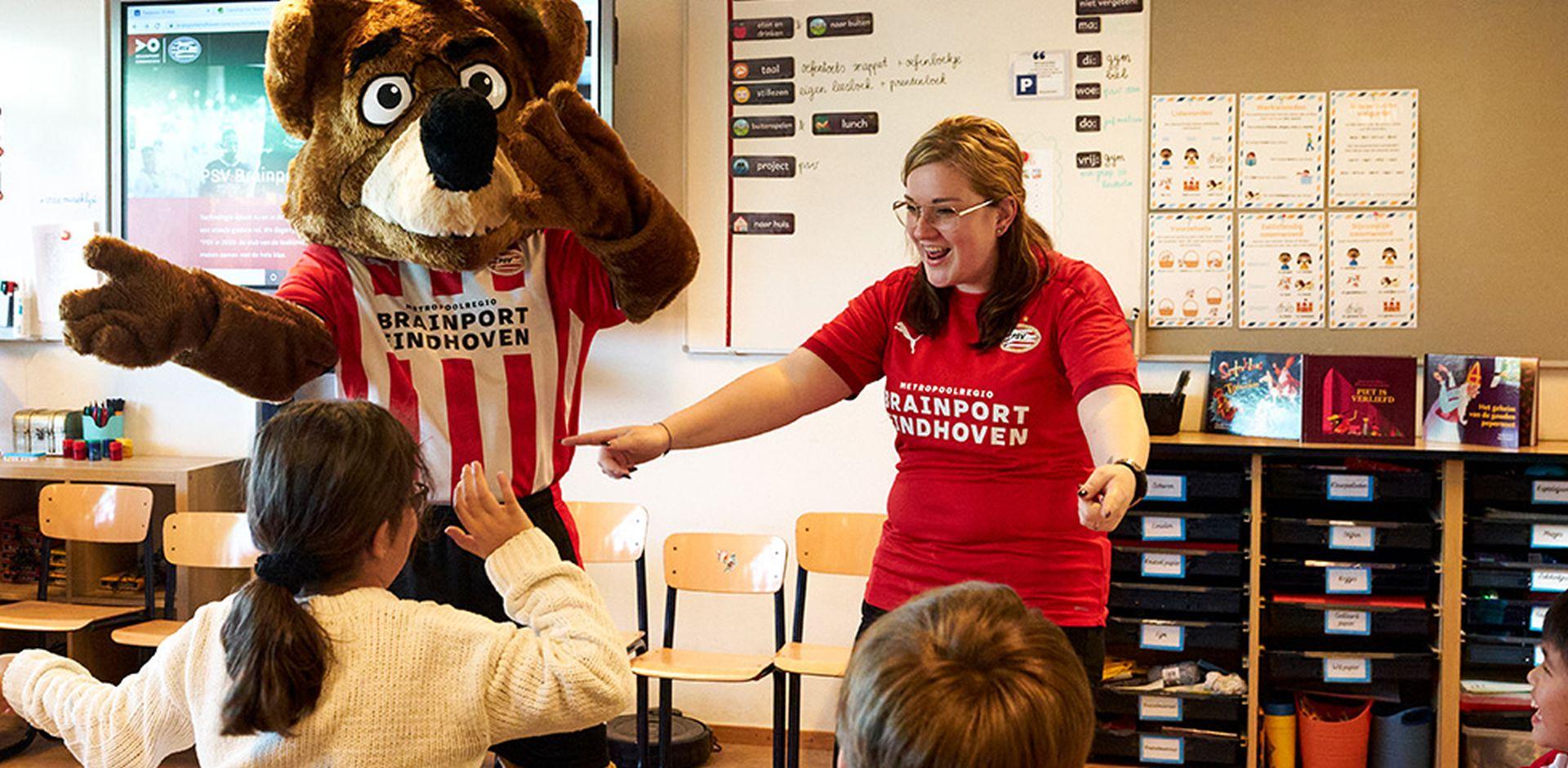 PSV en Brainport Eindhoven-partners starten scholenchallenge