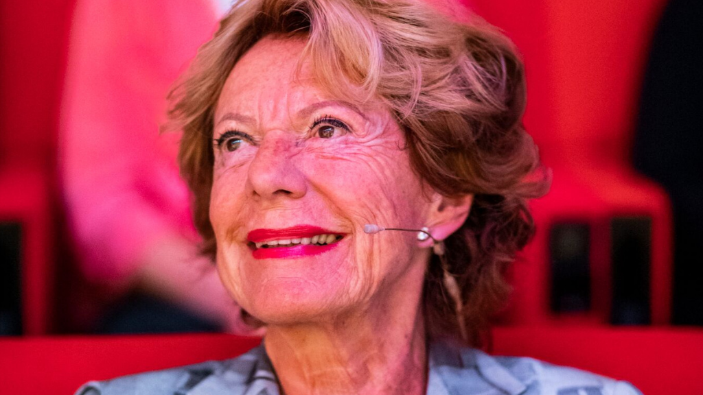 Female Tech Heroes Podcast #5 - Neelie Kroes: 'I strongly believe in the female involvement in tech'