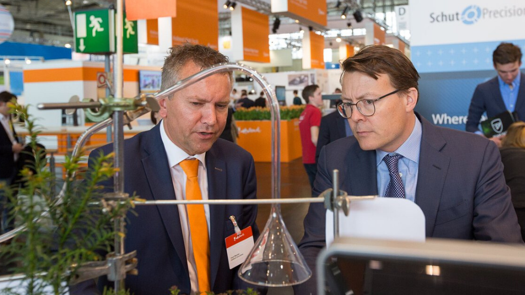 How Holland Innovative helps the high tech industry to monitor and improve their processes