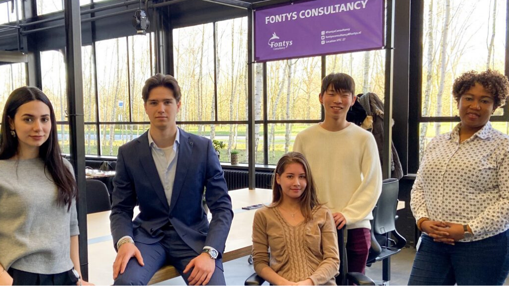 Students acting as consultants for start-ups: 'a win-win situation'