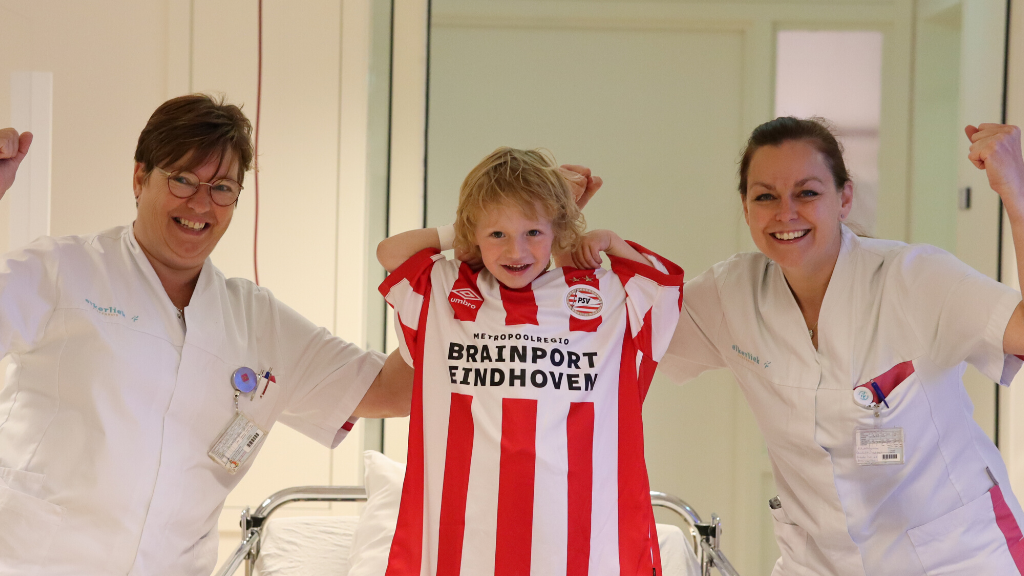 Brainport Partners donate special hospital gowns to children's wards in the Eindhoven region