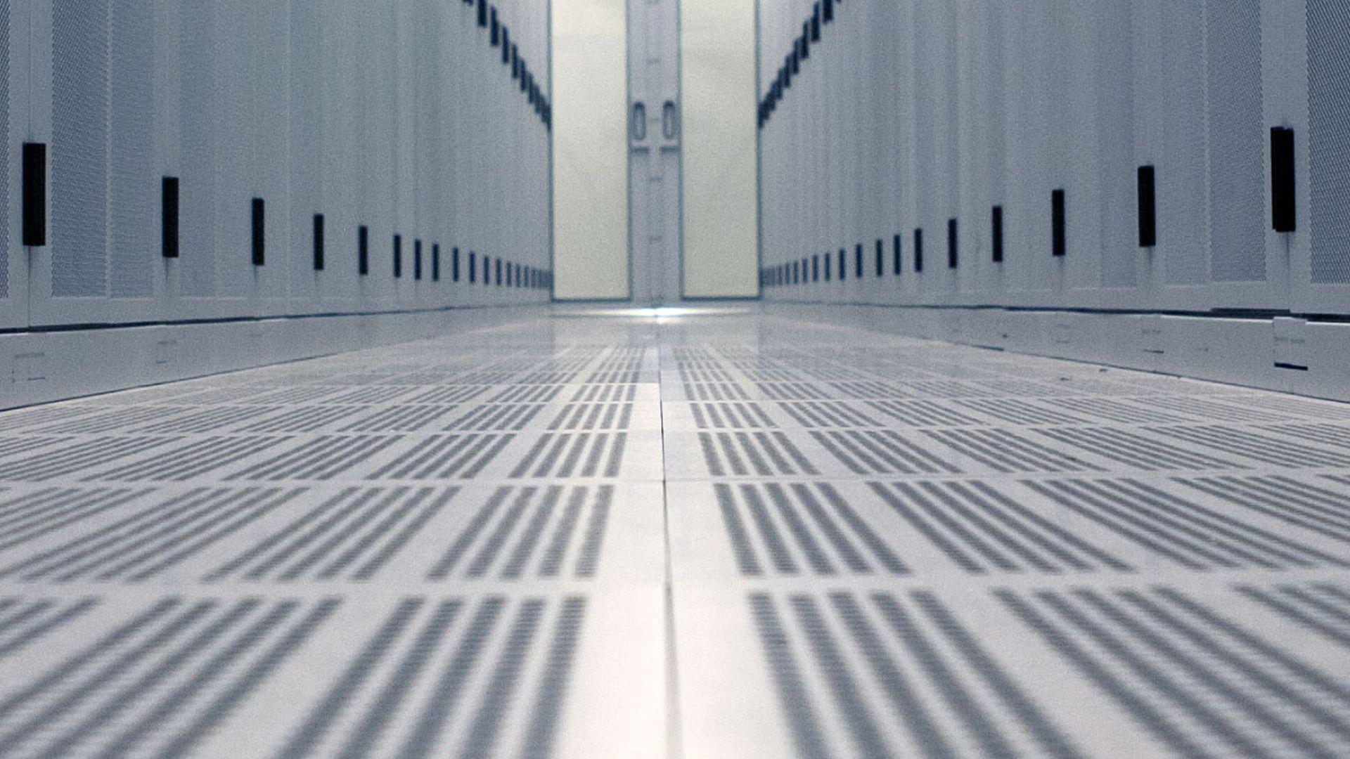 DatacenterServices_High_Tech_Campus.jpg
