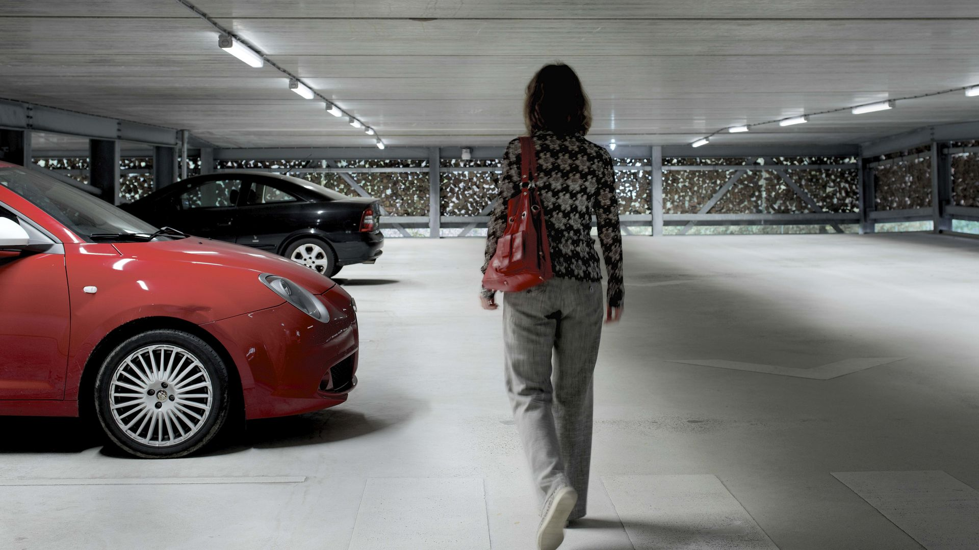 Philips_Lighting_parking_garages_High_Tech_Campus_Eindhoven