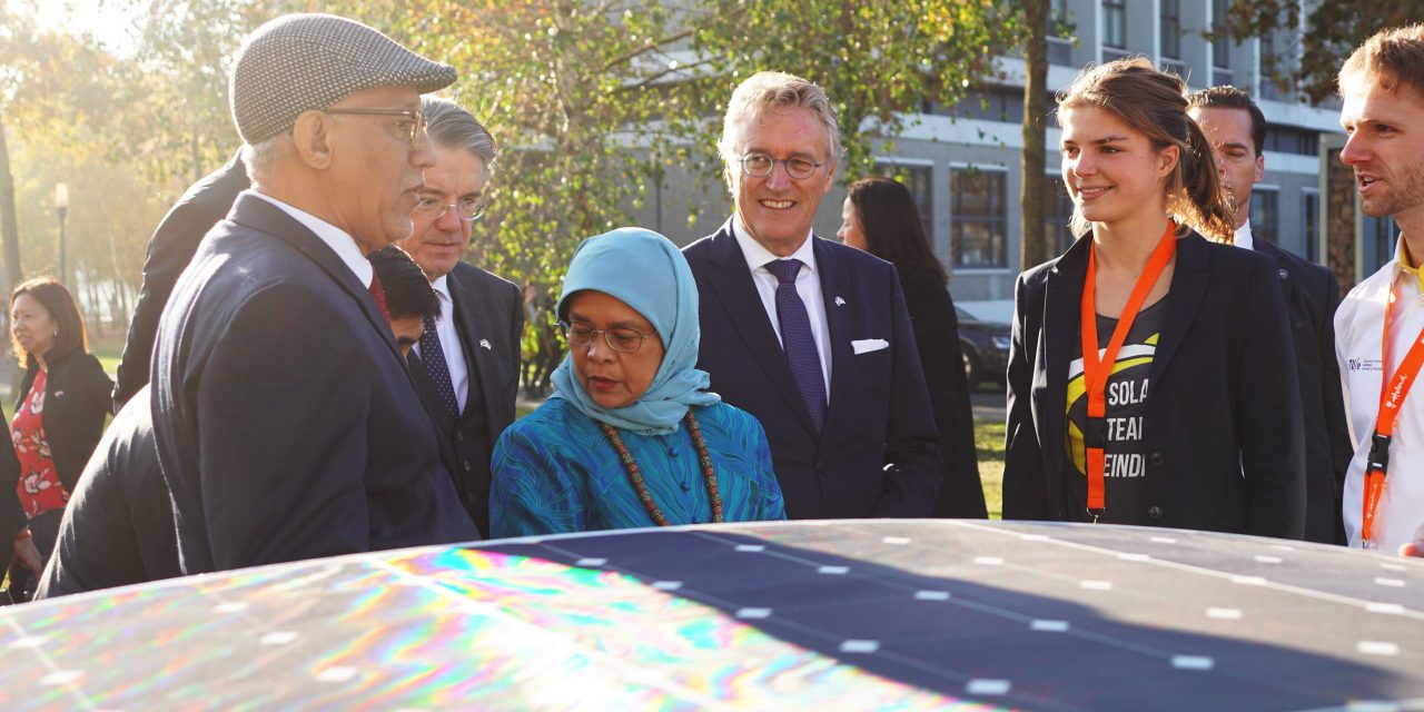 President Singapore visits High Tech Campus: 'Dutch companies are welcome to come work with us.'